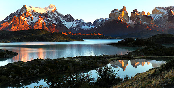 Pehoe Lake and the Cuernos del Paine - Horns of the Paine - mountain range at sunrise, Torres del Paine, Chile