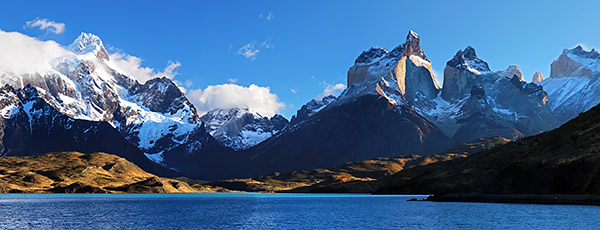 Pehoe Lake and the Cuernos del Paine - Horns of the Paine - mountain range, Torres del Paine, Chile